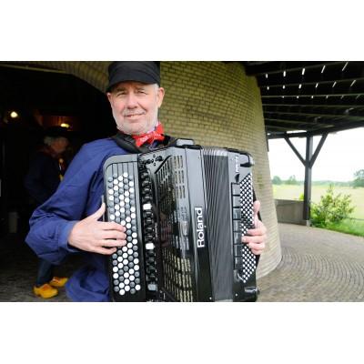 Muzikaal leider Knollenkoor